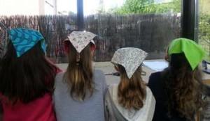 Atelier couture enfants, création de bandanas