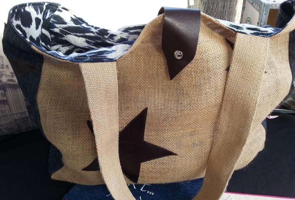sac cabas en jute cuir et jean l 39 atelier c tout cousu. Black Bedroom Furniture Sets. Home Design Ideas